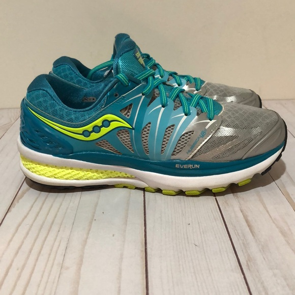 d20a2973 Pre owned Women's Saucony Everun Hurricane ISO 2